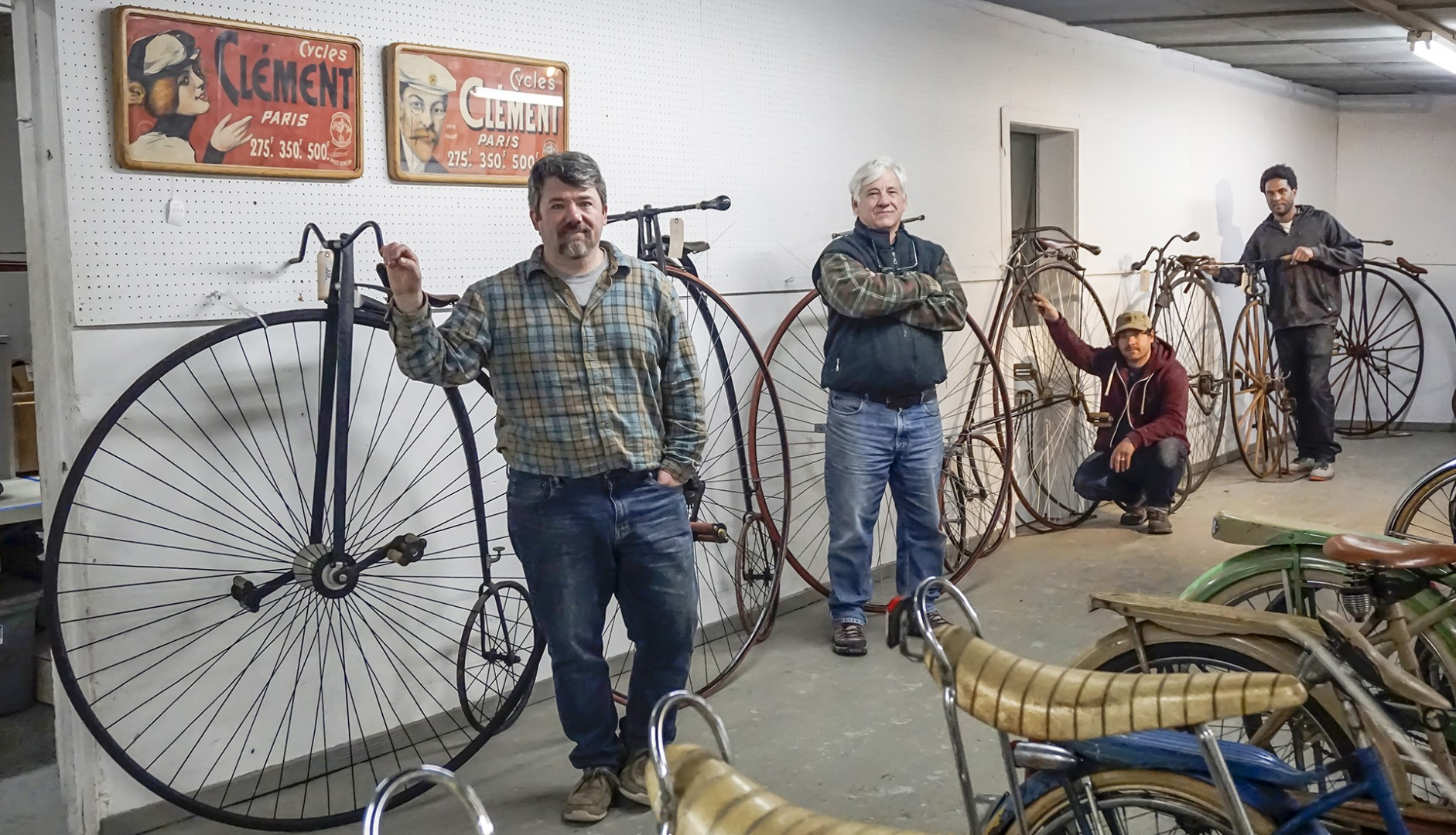 bicycles about copake auction inc. Black Bedroom Furniture Sets. Home Design Ideas