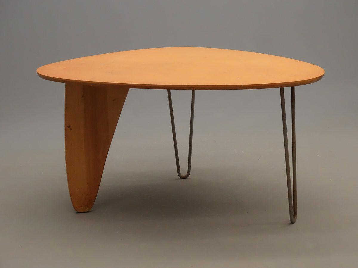 Beau Isamu Noguchi U201cRudderu201d Table (for Herman Miller) Brings $29,250