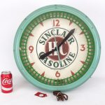 "17. Wall clock, ""Sinclair H.C. Gasoline"". Five color, fluorescent."