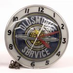 "21. Wall clock, ""Oldsmobile Service"""