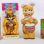 Vintage Toy Drummer Bears